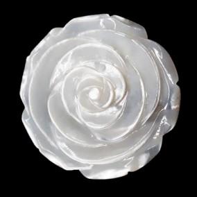 Pandantiv din sidef alb fara perforatii floare 40mm