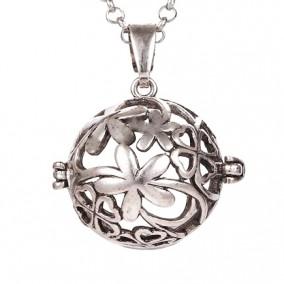 Pandantiv bola sfera gri argintiu floare trifoi 34x22mm