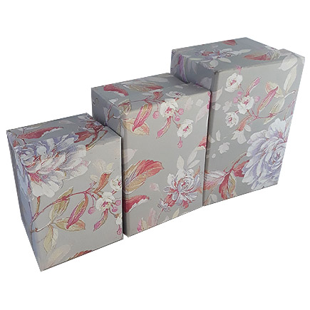 Set cutii cadou motive florale 3 bucati gri 14x10x8cm