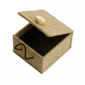Cutie cadou inel lemn in bej 7x6x4cm