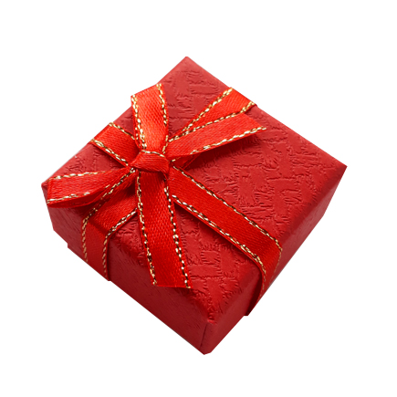 Cutie cadou inel rosie funda satin fir auriu 4x4x2.5cm