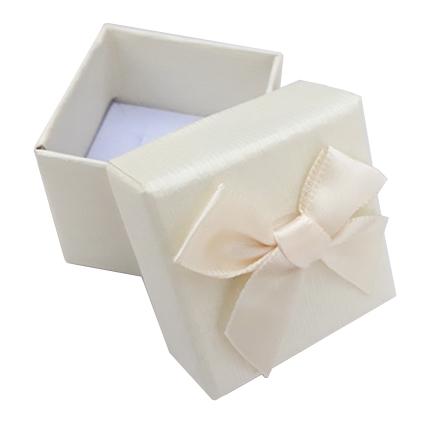 Cutie cadou set cercei inel ivoire 4x4x3.5cm