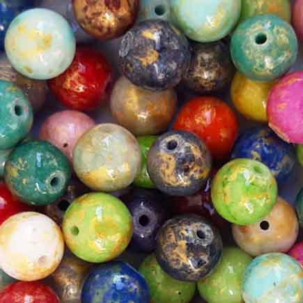 Margele sferice din portelan 8mm amestec culori cu auriu