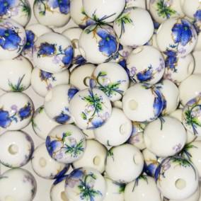 Margele sferice din portelan 8mm imprimeu flori albastre si mov