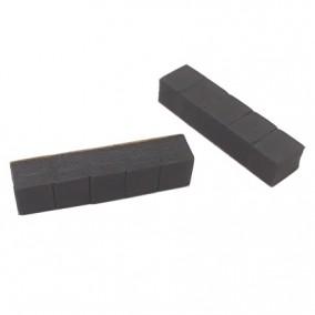 Accesorii burete negru cu adeziv pentru expunere coliere pe busturi de prezentare 5x1x1cm