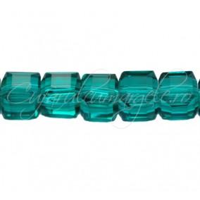 Cristale cub verde smarald 4 mm