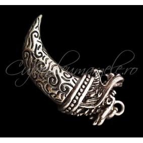 Pandantiv argint tibetan colt de dragon 48x22x13mm