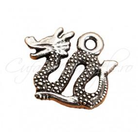 Charm argintiu dragon 17x14mm