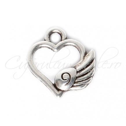 Charm argintiu inima cu aripa 13x12mm