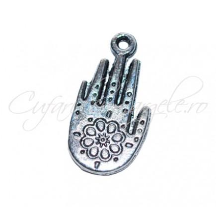 Charm argintiu mana floare 25x15 mm