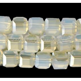 Cristale cub alb translucent 5 mm