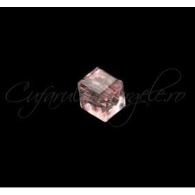 Cristale cub roz 4 mm