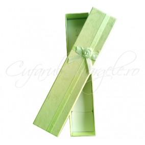 Cutie bratara verde crud funda satin 21x4x2cm