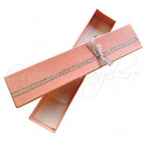 Cutie cadou bratara roz funda argintie 20x4x2cm
