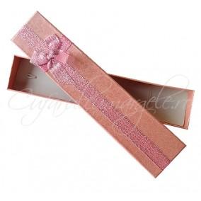 Cutie cadou bratara roz trandafiri 21x4x2cm