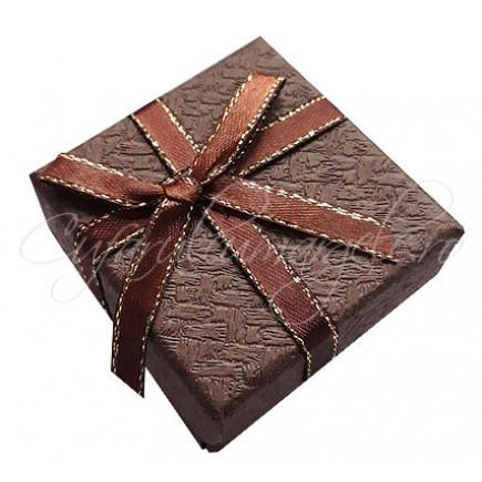 Cutie cadou inel ciocolata funda fir auriu 5x5x3cm
