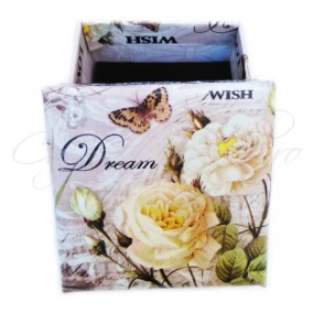 Cutie cadou inel trandafir alb 6x6x3cm