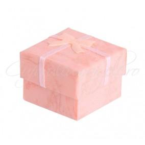 Cutie cadou inele patrata roz 4x4x3cm
