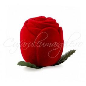 Cutie catifea inel trandafir rosu 4x4cm