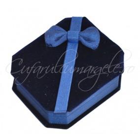 Cutie set bijuterii catifea albastra 10x7x3cm