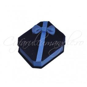 Cutie set bijuterii catifea albastra 8x7x3cm