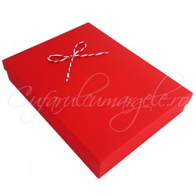 Cutie set bijuterii carton rosu funda martisor 16x12x3cm