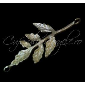 Link auriu frunza 32x15mm
