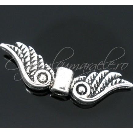 Margele argintii aripi de inger 28x7mm