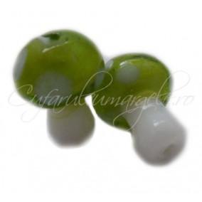 Margele lampwork ciuperca verde 20mm
