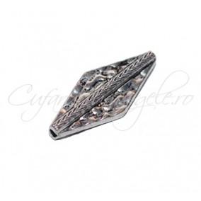 Margele metalice argintii romb 20x10x3mm