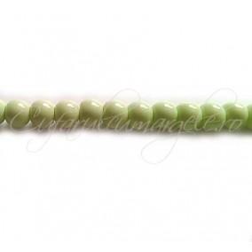 Margele sticla sirag verde crud 4 mm