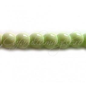 Margele sticla sirag verde crud 8 mm