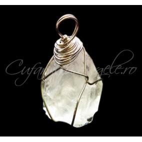 Pandantiv cristale brute cuart alb transparent 40x30x25mm