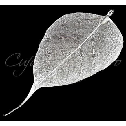 Pandantiv frunza alb argintiu limb ascutit 11x5cm