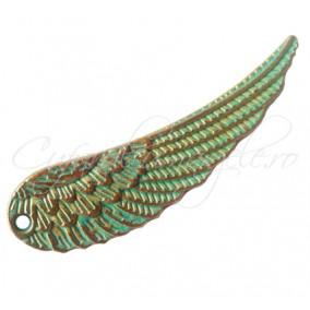 Pandantiv verdigris patina aripa 50x14mm