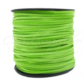 Snur faux suede verde crud 3x2mm 1m