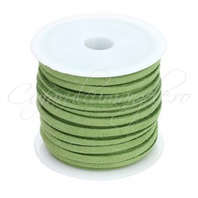 Snur faux suede verde crud 3x2mm rola 4,2m